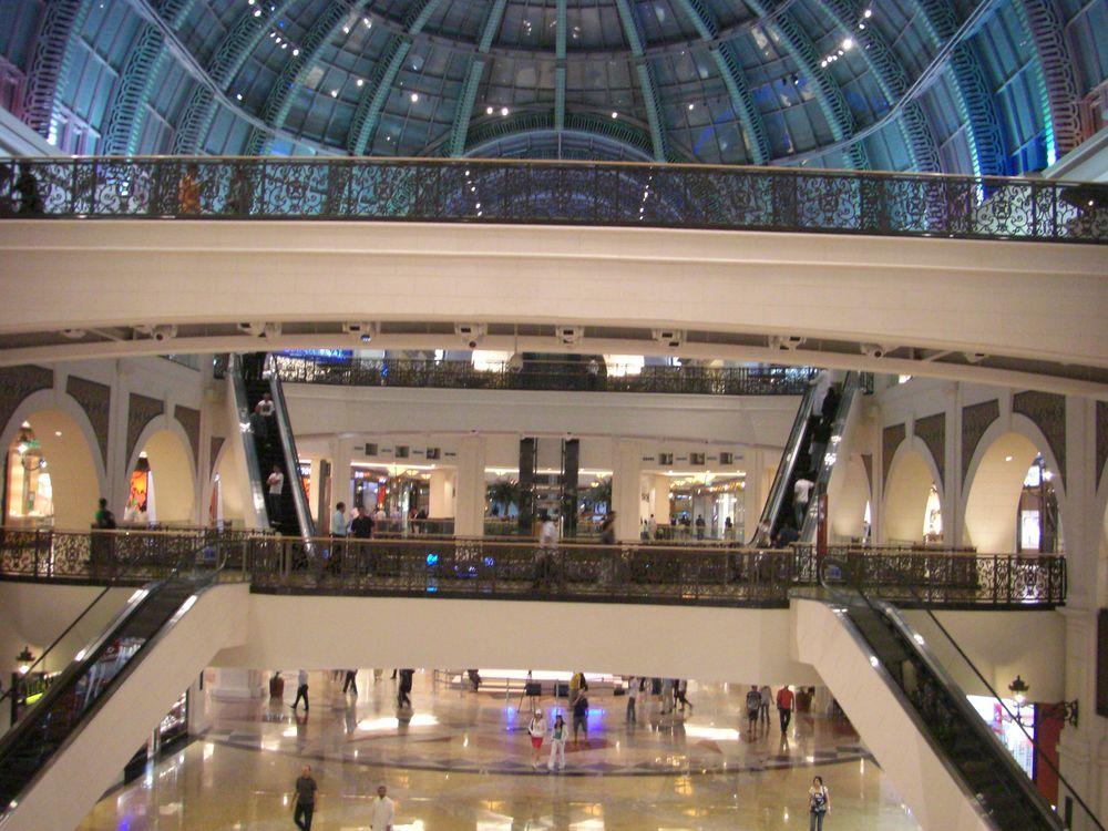 tag 2 shoppen in dubai in der mall of the emirates reiseblog videoblog. Black Bedroom Furniture Sets. Home Design Ideas