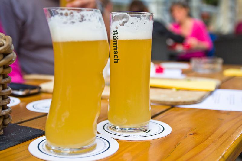 Wenig Bier in einem seltsamen Glas? - Ein Bönnsch