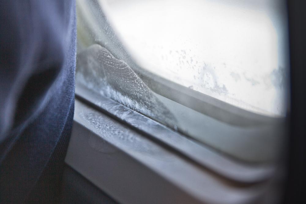Eis am Flugzeug Fenster bei SAS