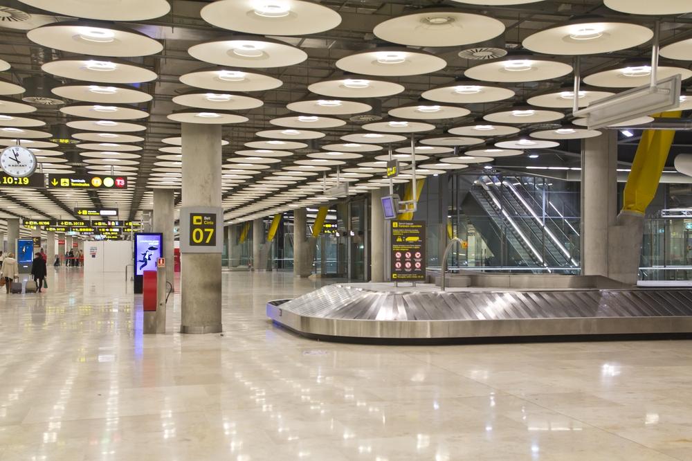 Iberia Gepäckband am Flughafen Madrid Barajas