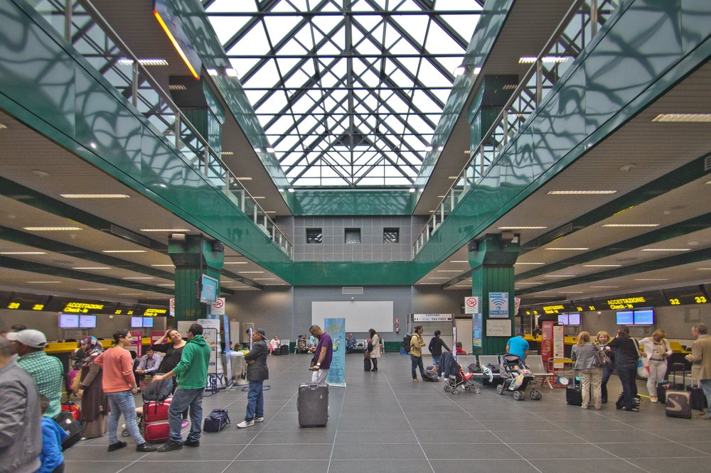 Interieur Innen Flughafen Bergamo Airport