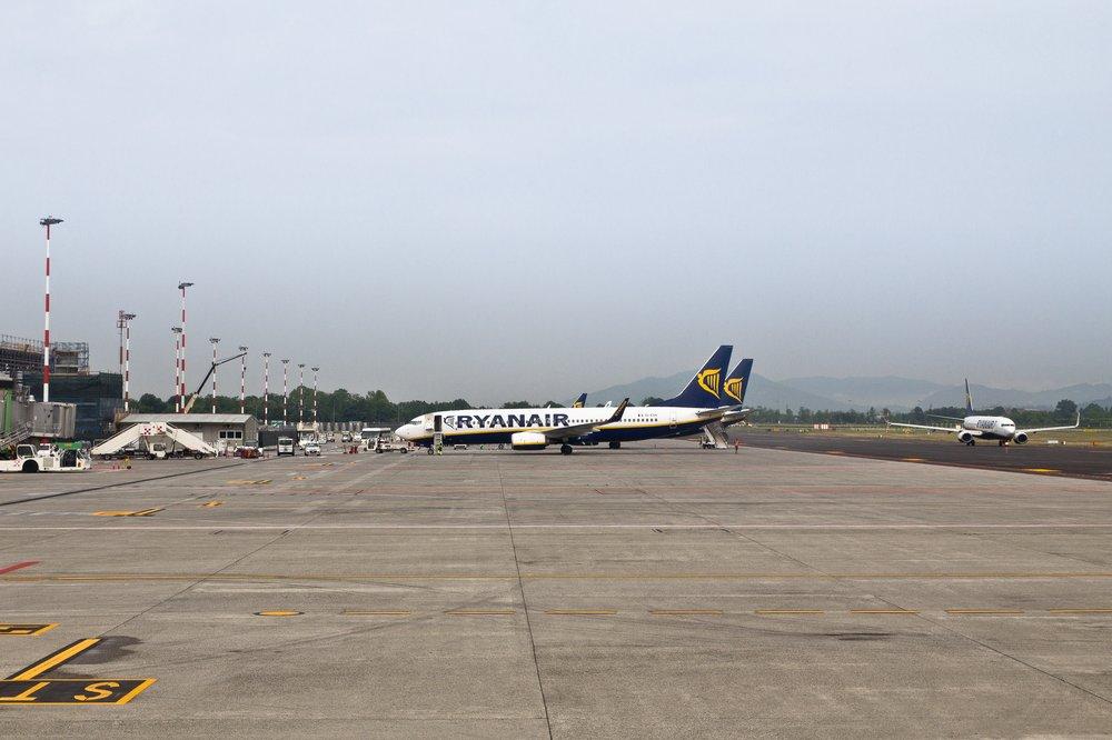 Flughafen Bergamo Airport Apron Vorfeld