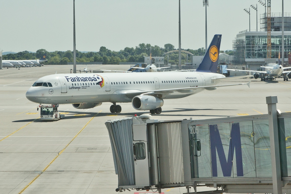 Lufthansa Fanhansa Livery