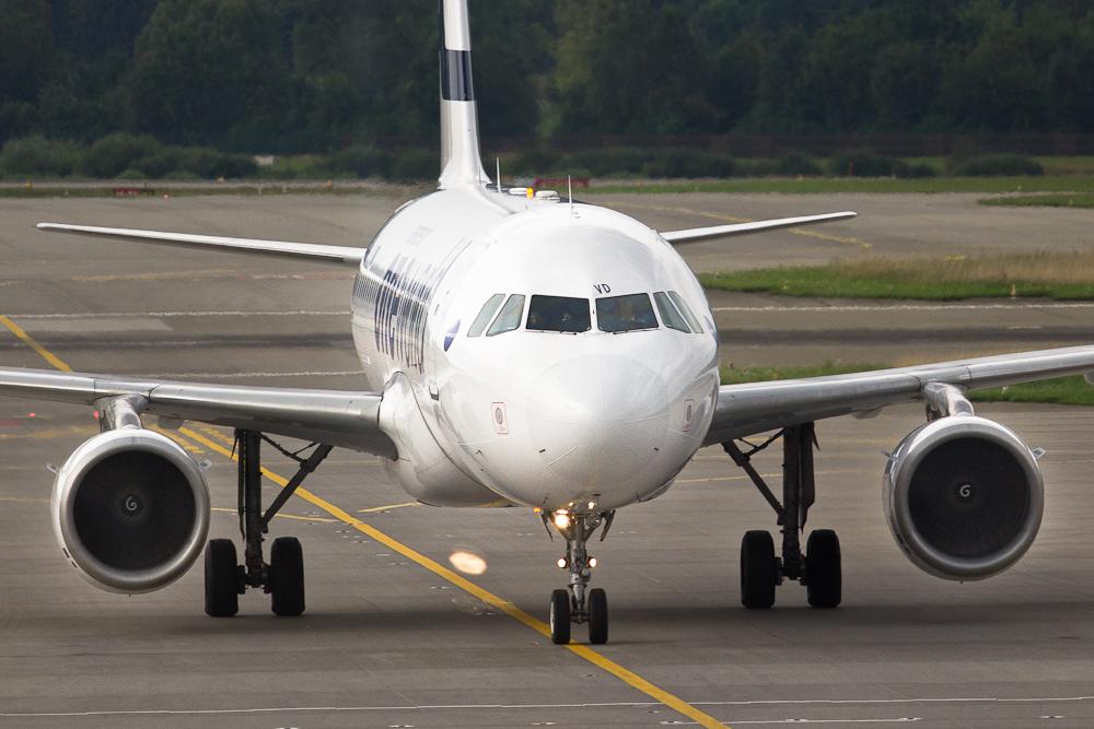 Aribus Finnair am Flughafen Zürich