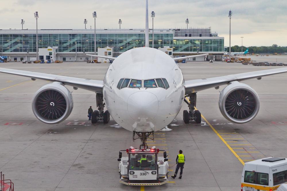 Boeing 777 Flughafen München Airport