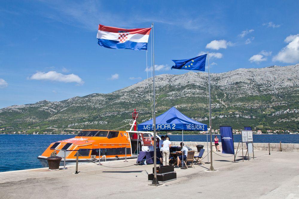 MS Europa 2 Tender Kreuzfahrt Korcula Kroatien
