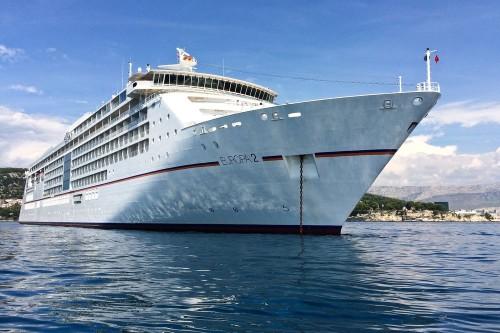 MS Europa 2 Kreuzfahrt Wasser Anker