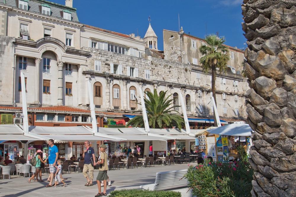 Diokletianpalasts  Promenade Riva Split Kroatien MS Europa 2