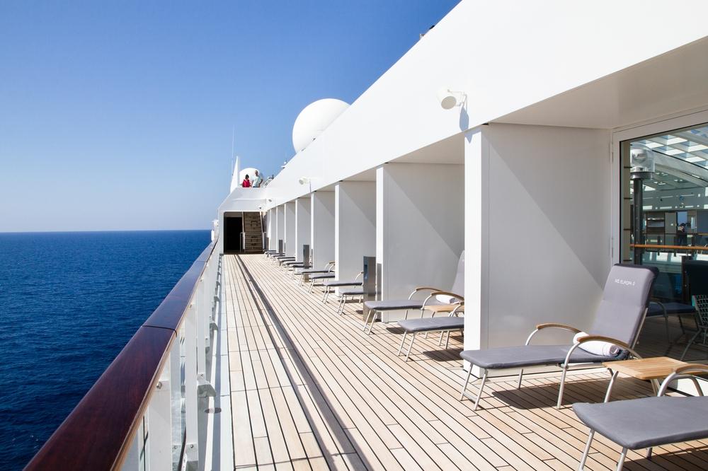 MS Europa 2 Promenade Deck Außenbereich