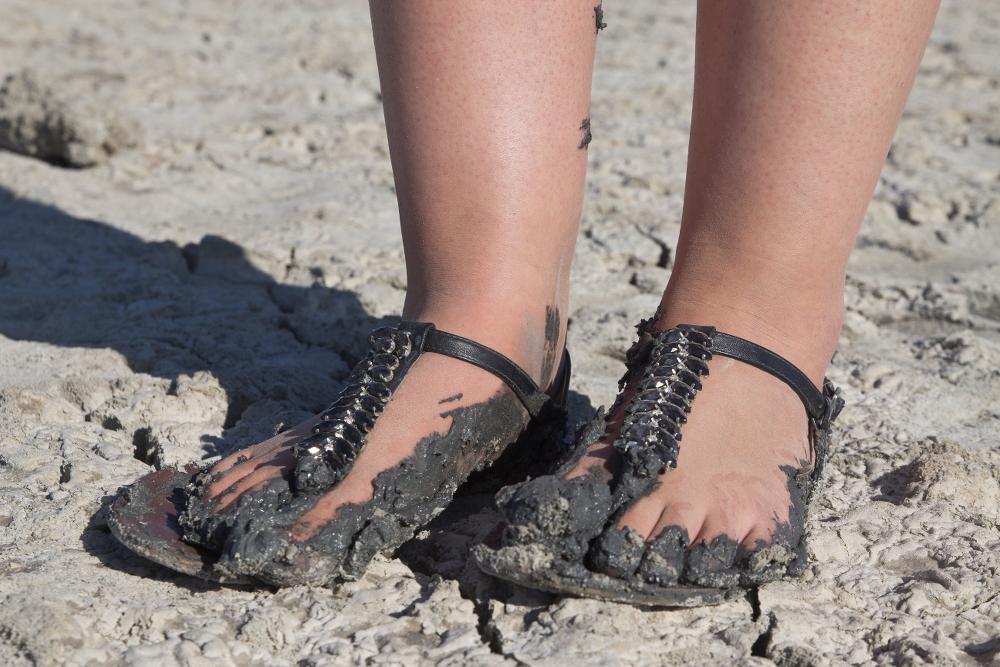 Einsinken Salzsee Salzwüste Treibsand Zypern Roadtrip