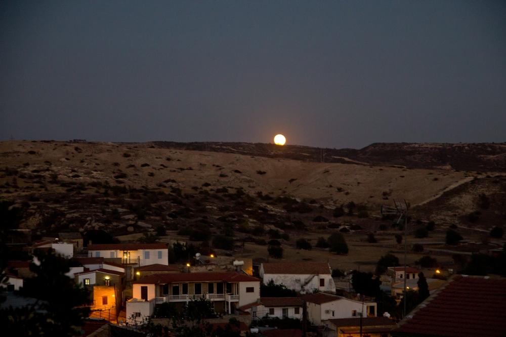Eveleos Country House Tochni Zypern Untergang Mond