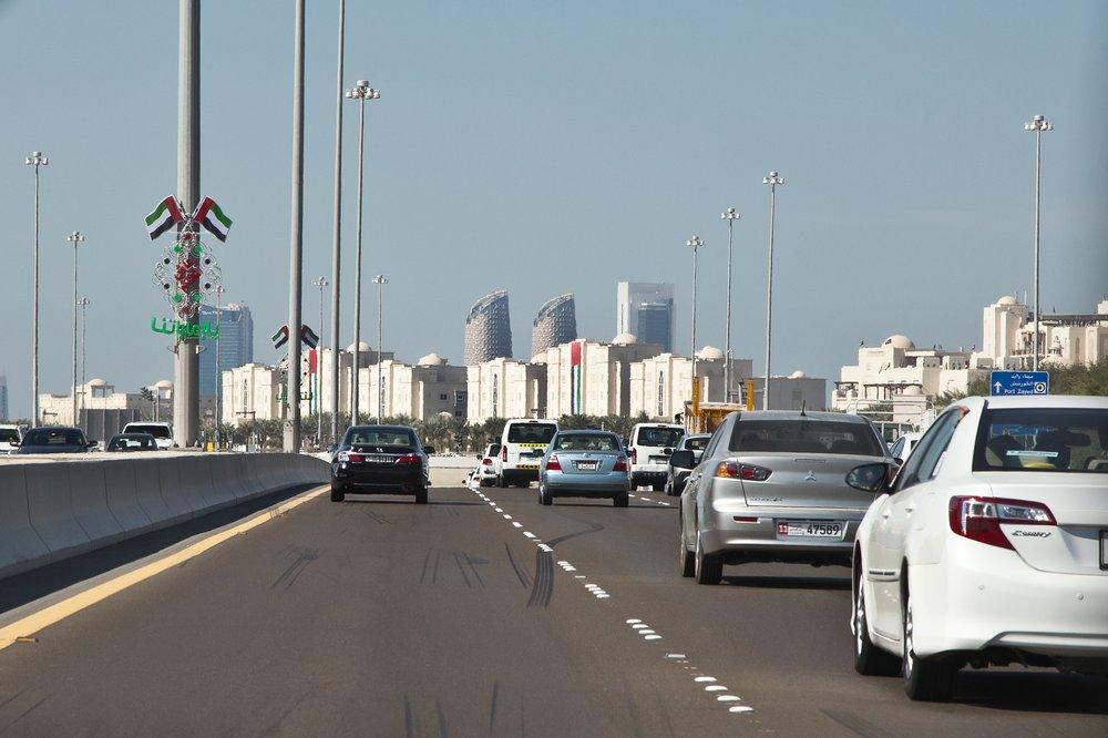 Taxi Abu Dhabi VAE UAE