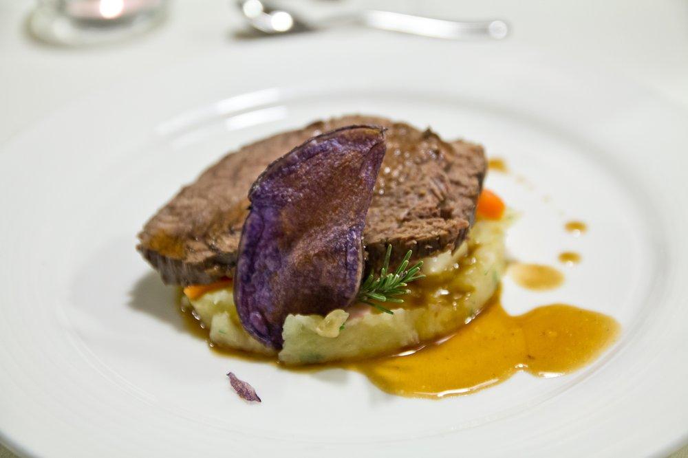 Dinner Abendessen Hotel Taubers Bio Vitalhotel Kiens Kronplatz