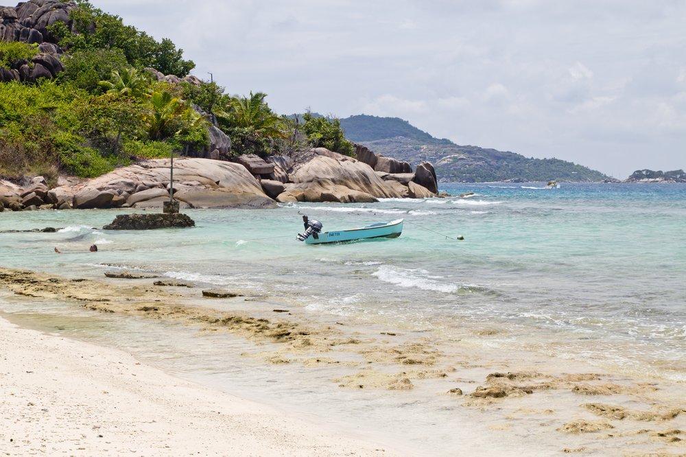 Sea Star Grand Soeur Seychellen Dinghi