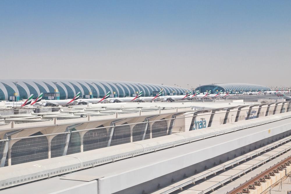 Flughafen Dubai Emirates Metro