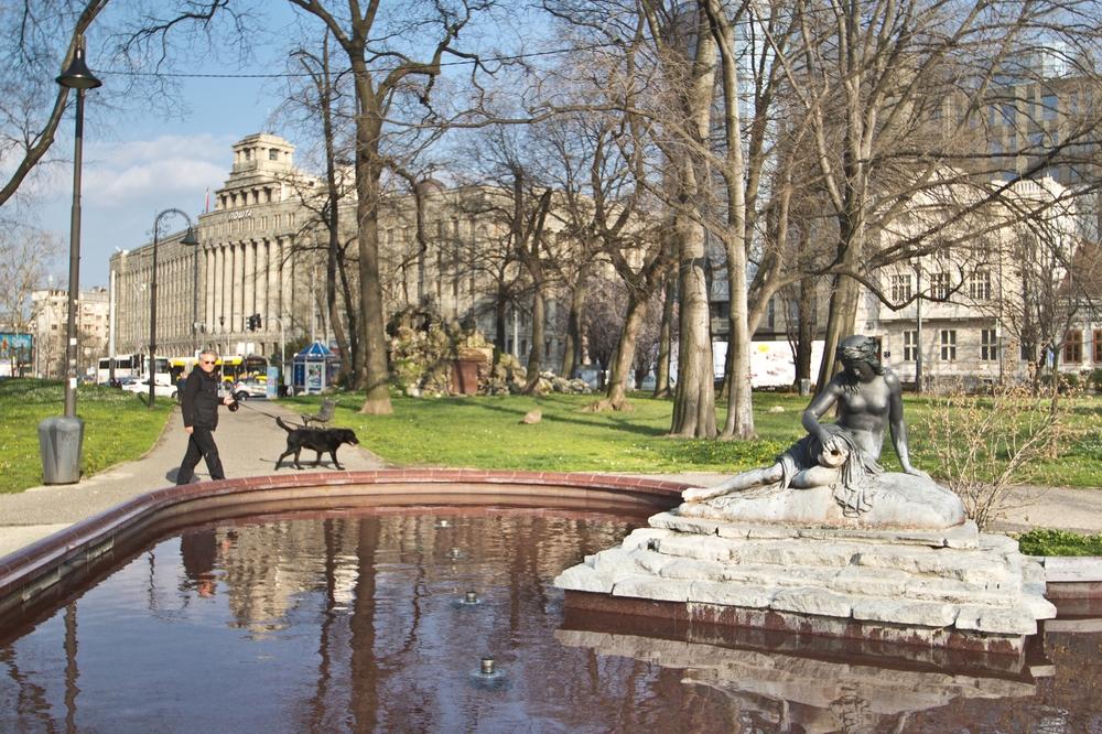 Nikola-Pašić-Platz vor dem Pionirski-Park Belgrad Serbien
