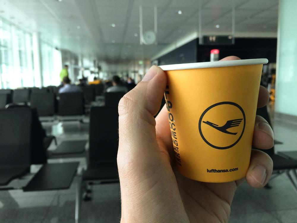 Lufthansa kostenloser Kaffee Terminal 2 Flughafen München
