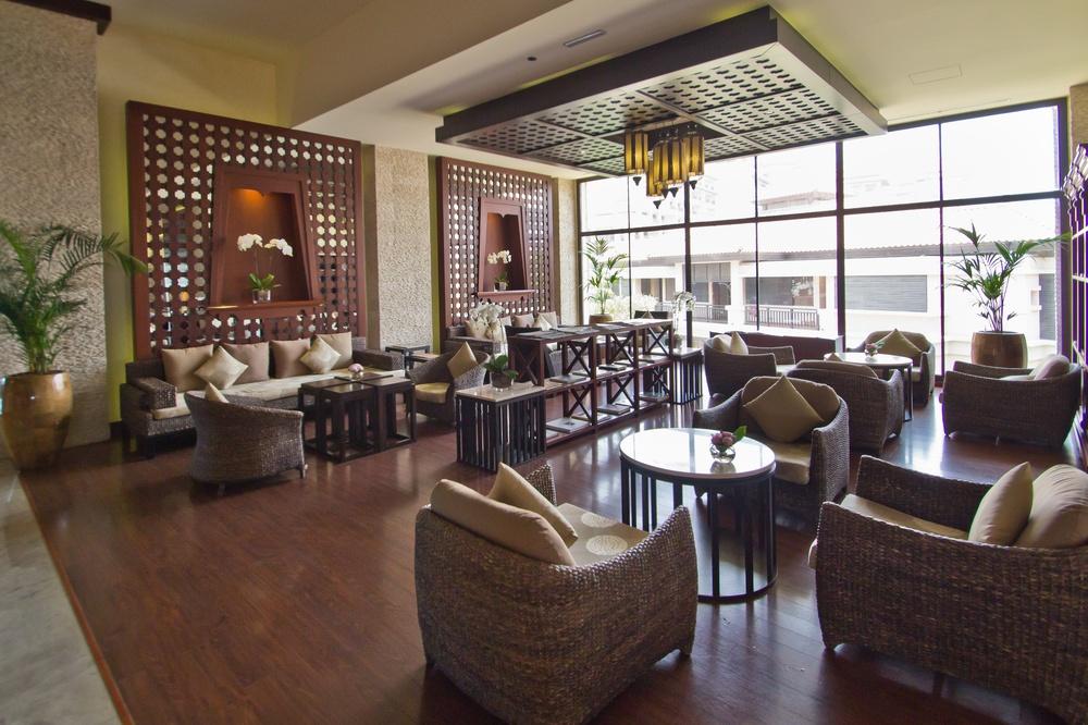 Anantara Dubai The Palm Resort Lobby