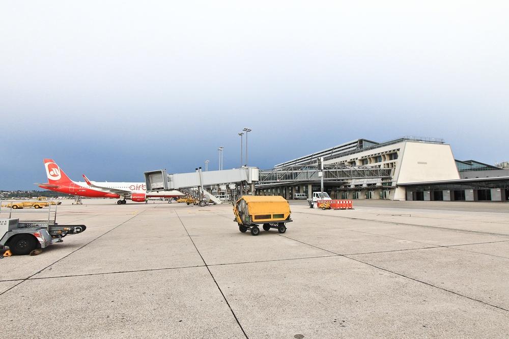 Flughafen Stuttgart Hapag Lloyd