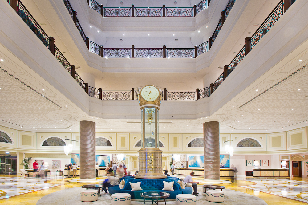 Waldorf Astoria Lobby Clocktower Uhrturm