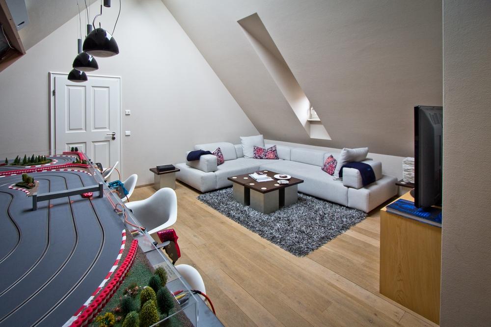 Carrera Bahn Lösch für Freunde Hotel Zimmer