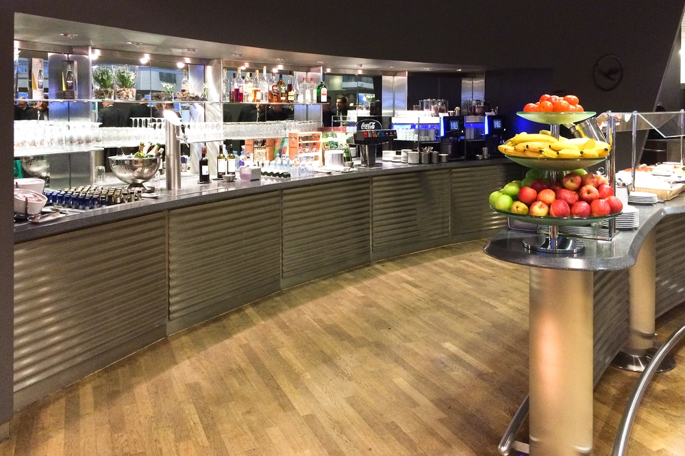 Beer Lufthansa Business Class Lounge Munich Airport Flughafen München