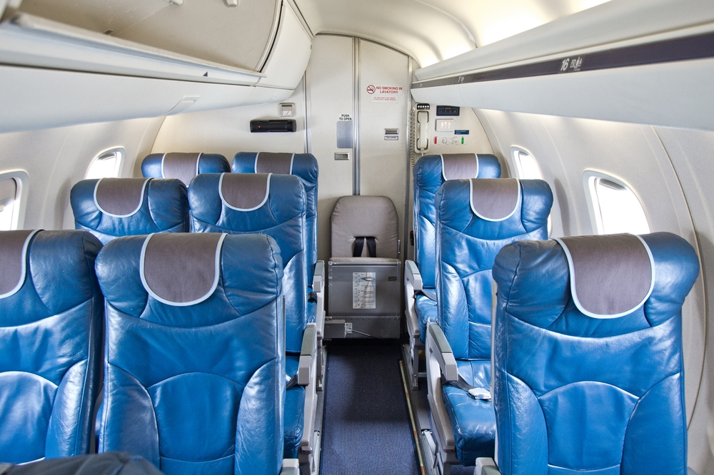 Embraer ERJ 145 additional seat