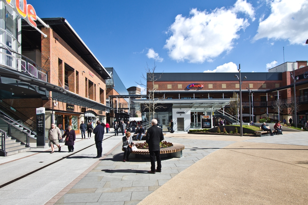 Portmouth Gunwharf Quays Shopping Center Mall