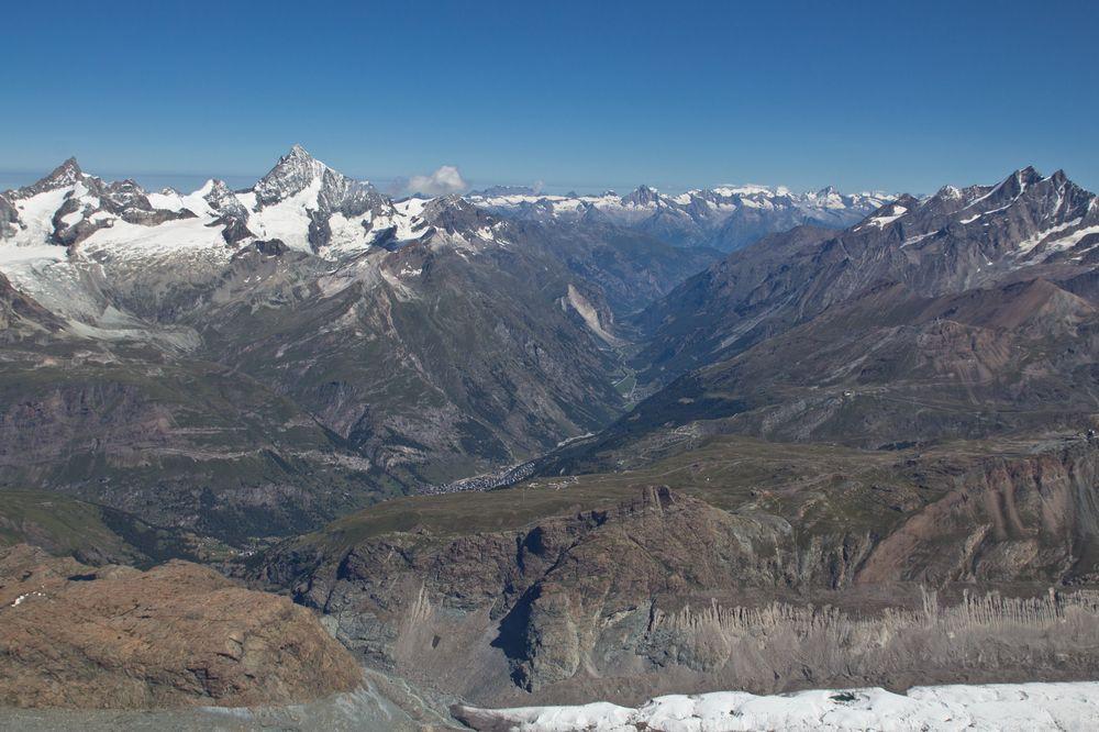 Zermatt vom Breithorn aus