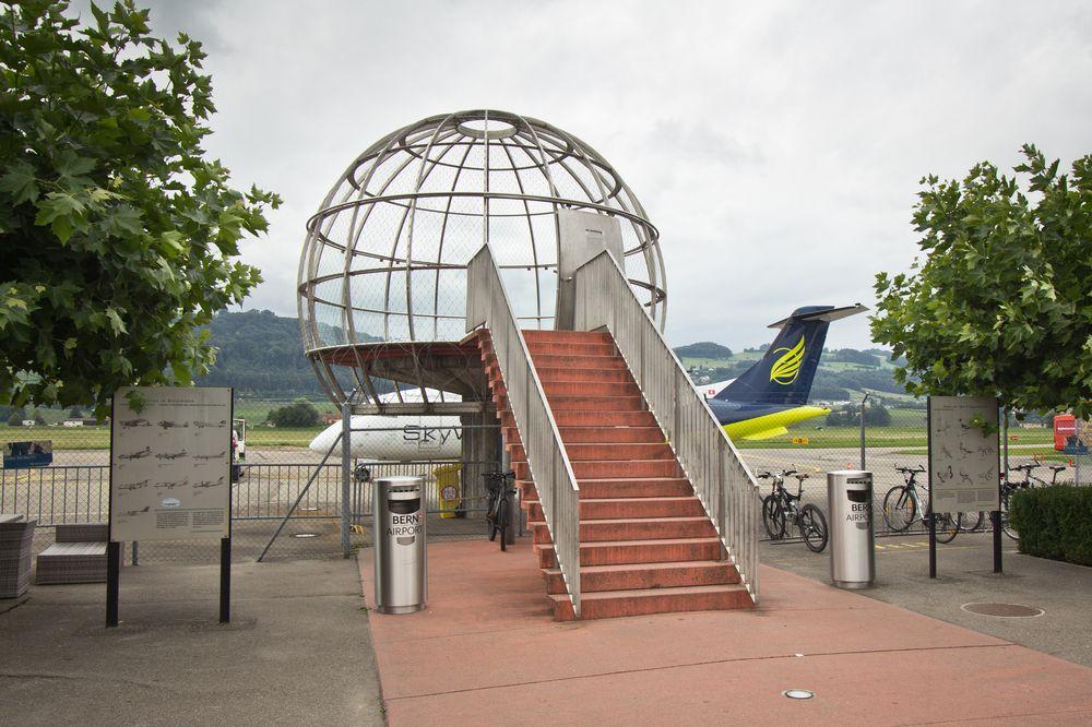 Flughafen Bern Belp Aussicht Terasse