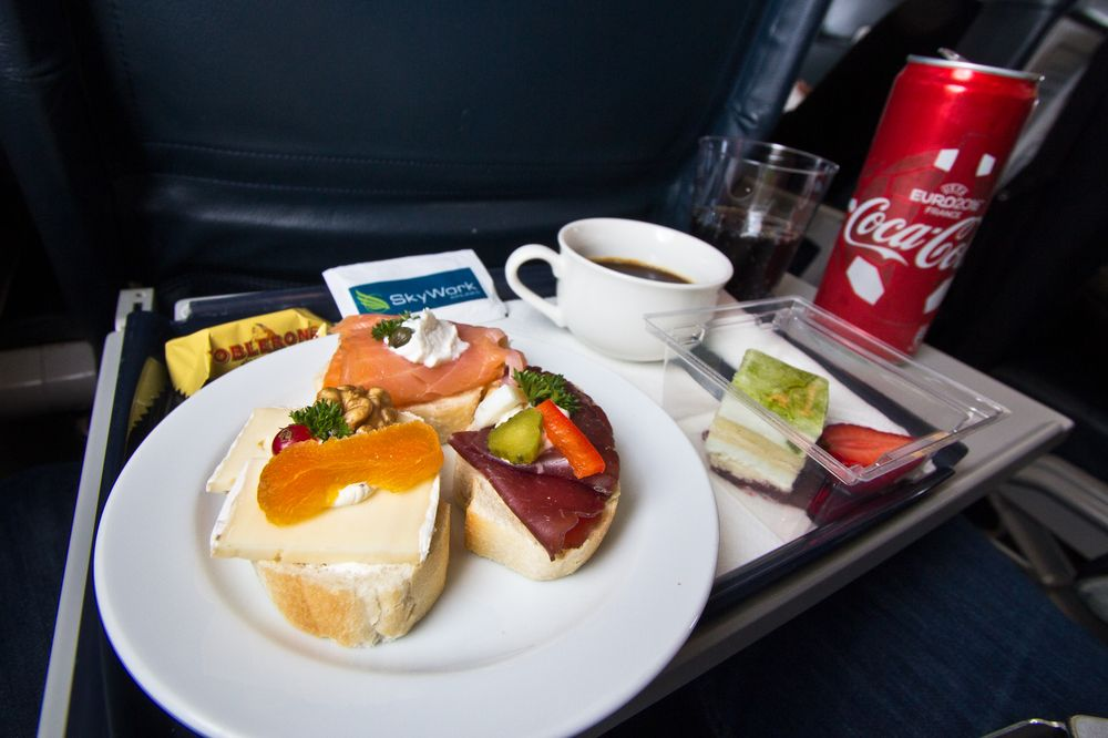 SkyWork Business Class Meal Essen