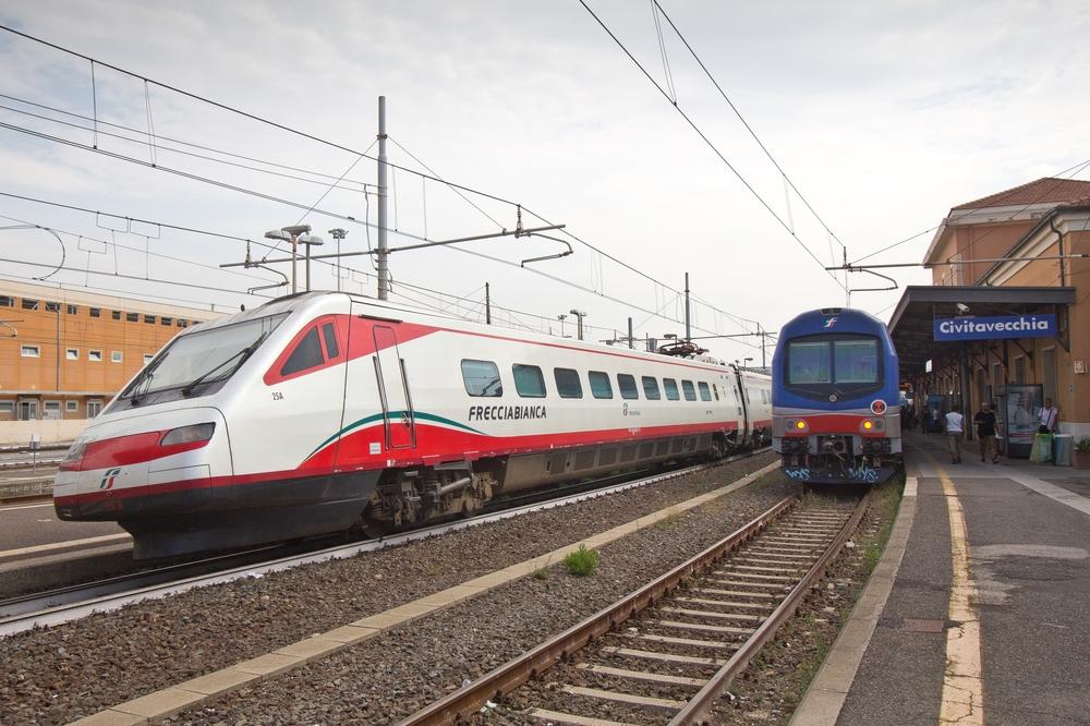 Trenitalia Civitavecchia Rom