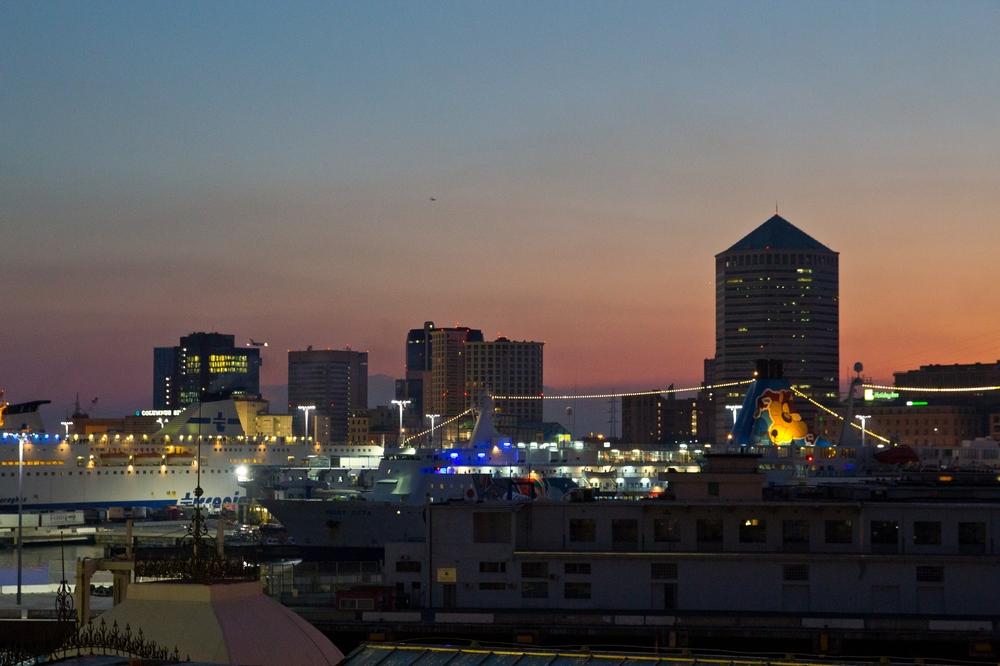 Genua Hafen Sonnenuntergang
