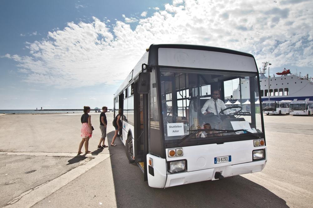 Bus Hafen Cagliari