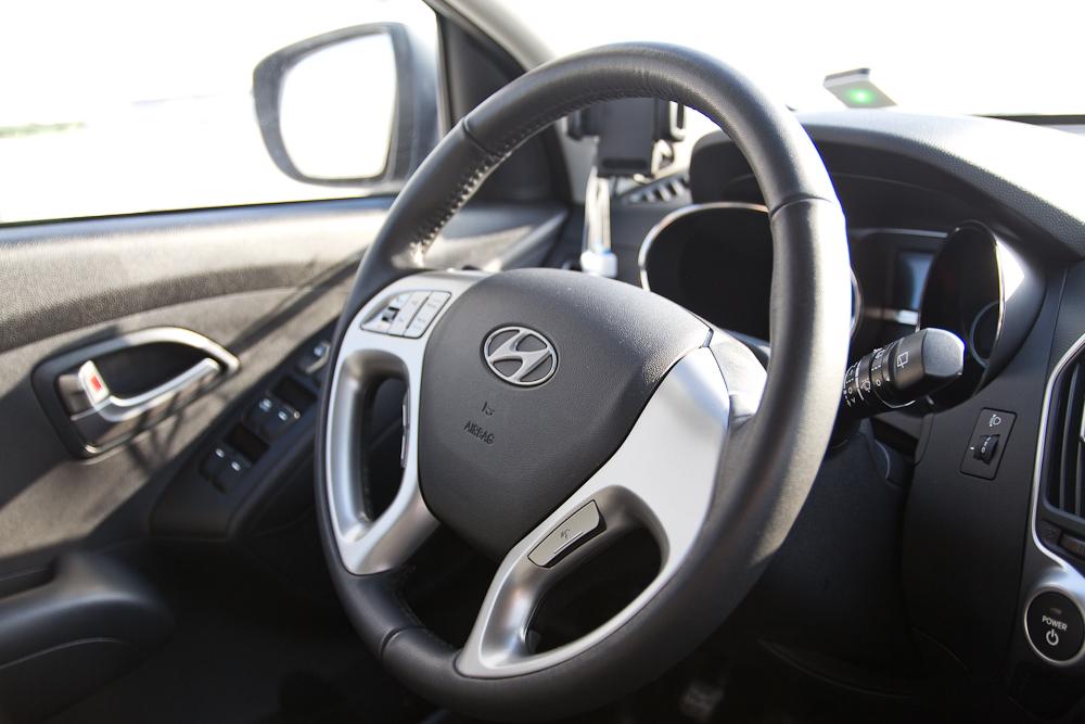Lenkrad Cockpit Armaturenbrett Tacho Hyundai ix35 FCEV BeeZero Carsharing
