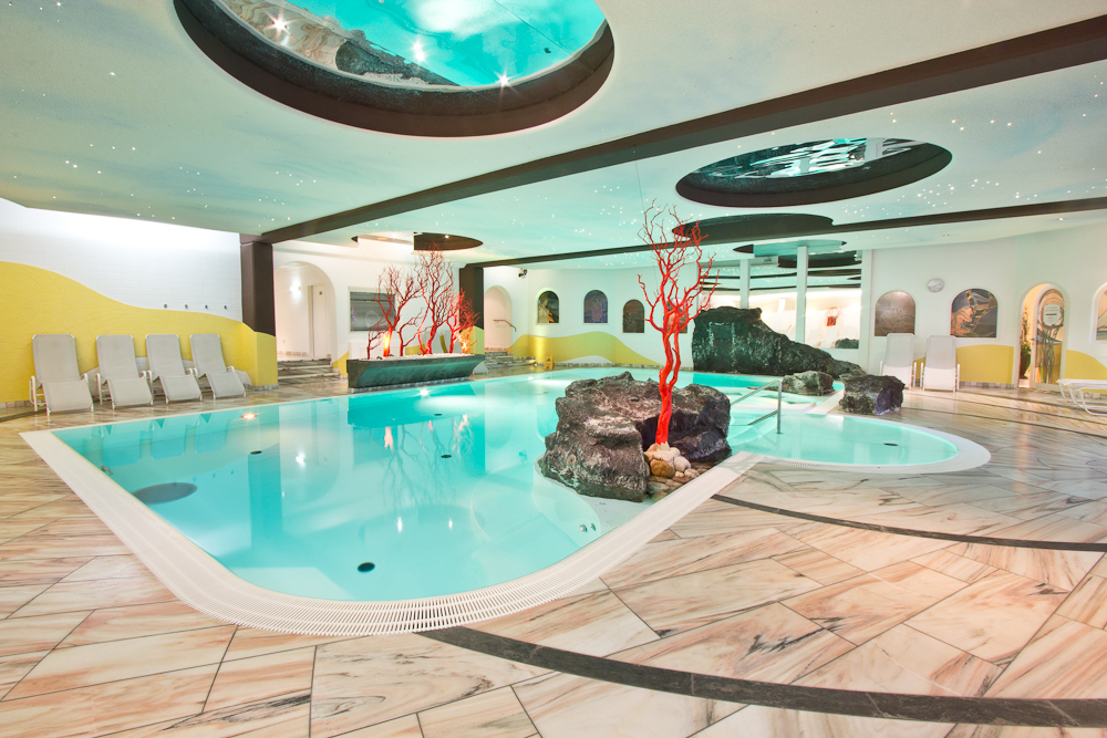 Hallenbad Pool Wellness Beauty Hotel Almesberger