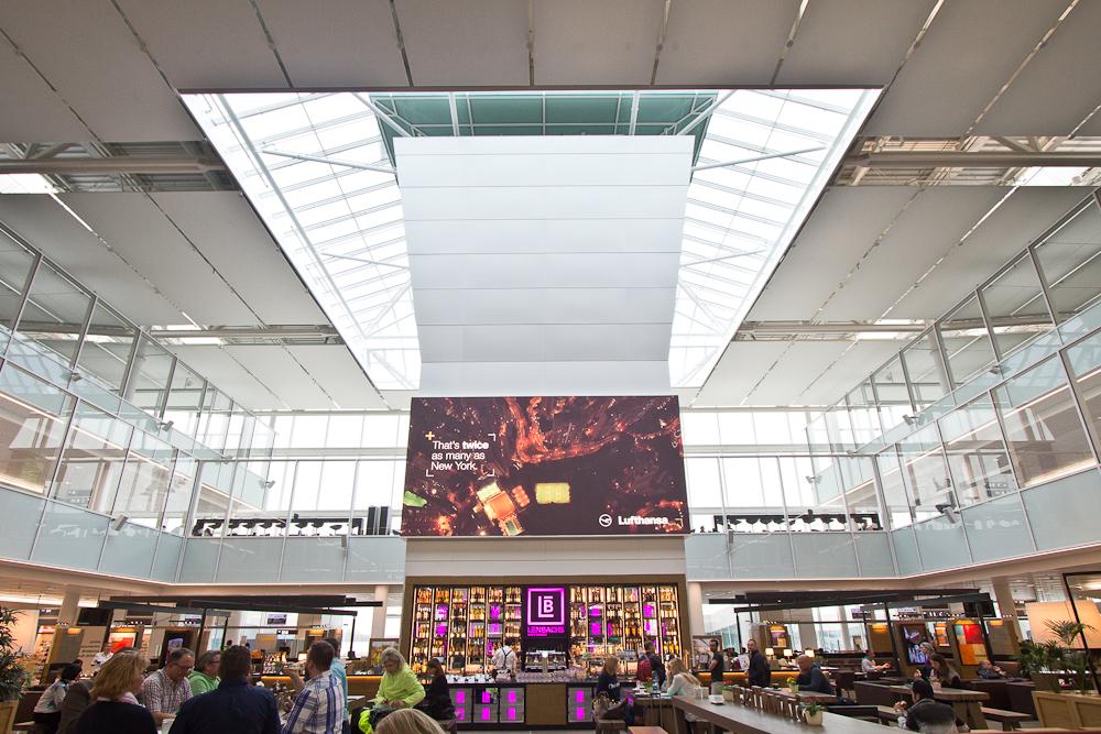 Flughafen München Terminal 2 Satellit Tower