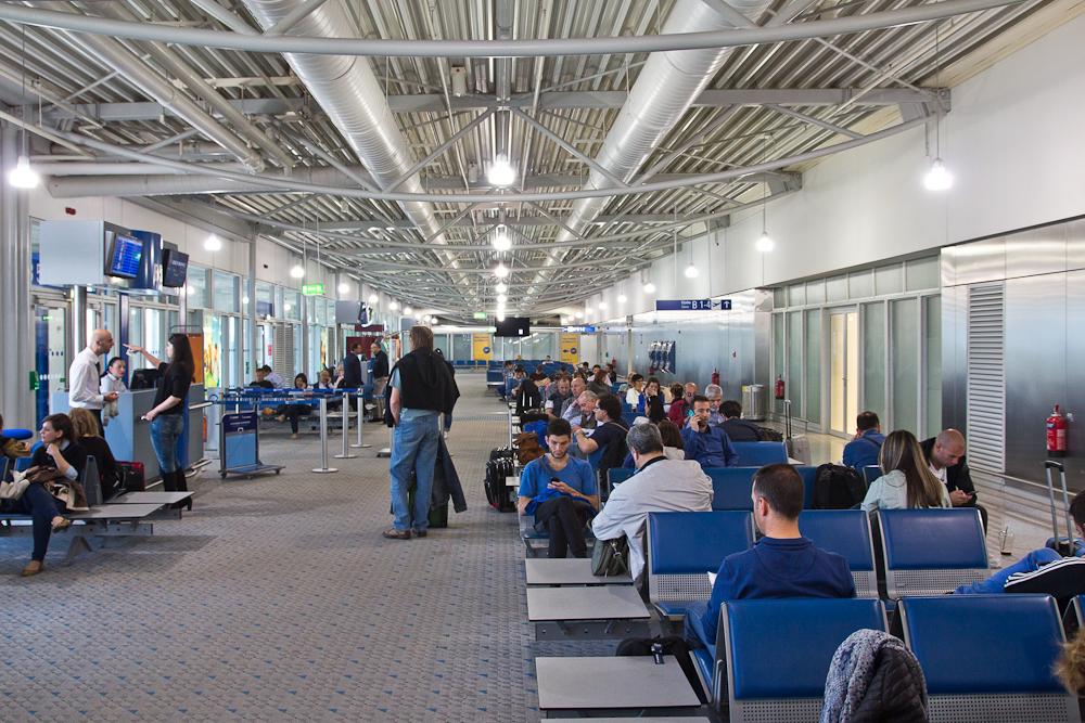 Wartebereich Airside Flughafen Eleftherios-Venizelos-Flughafen Athen