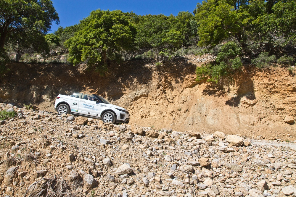 Hill Descent Land Rover Range Rover Evoque Cabrio SUV