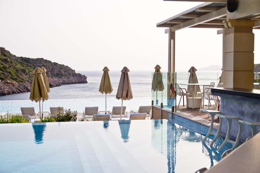Poolbar Daios Cove Kreta Luxus Hotel