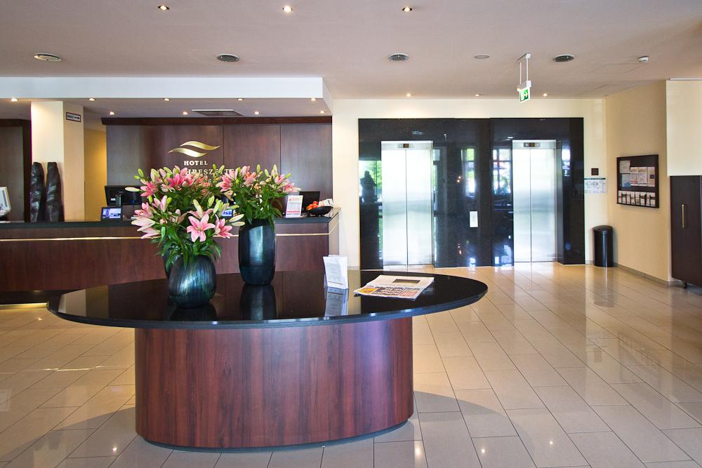 Lobby - Hotel Vier Jahreszeiten Starnberg