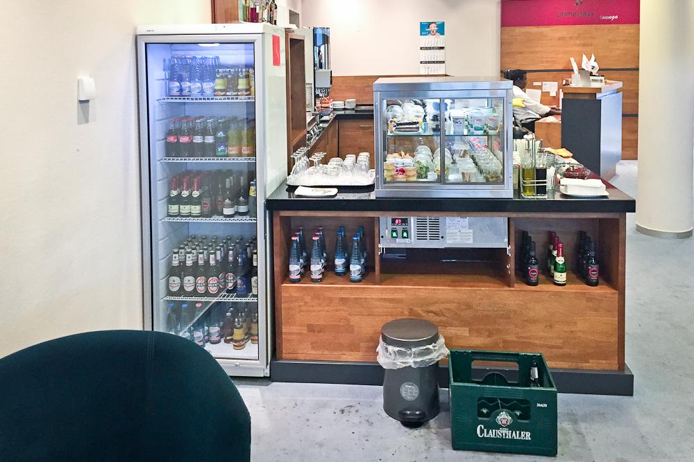 Primeclass Lounge Airport Leipzig Flughafen - Alkohol Getränke