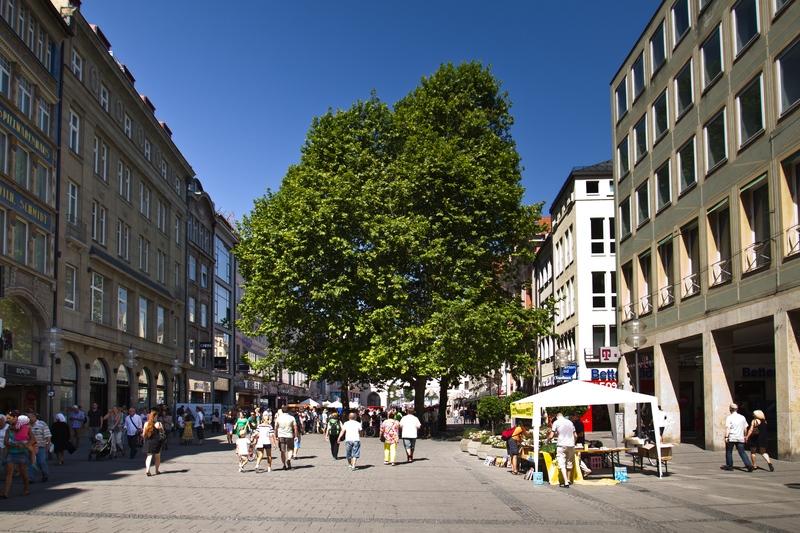 Fußgängerzone Neuhauser Straße, München