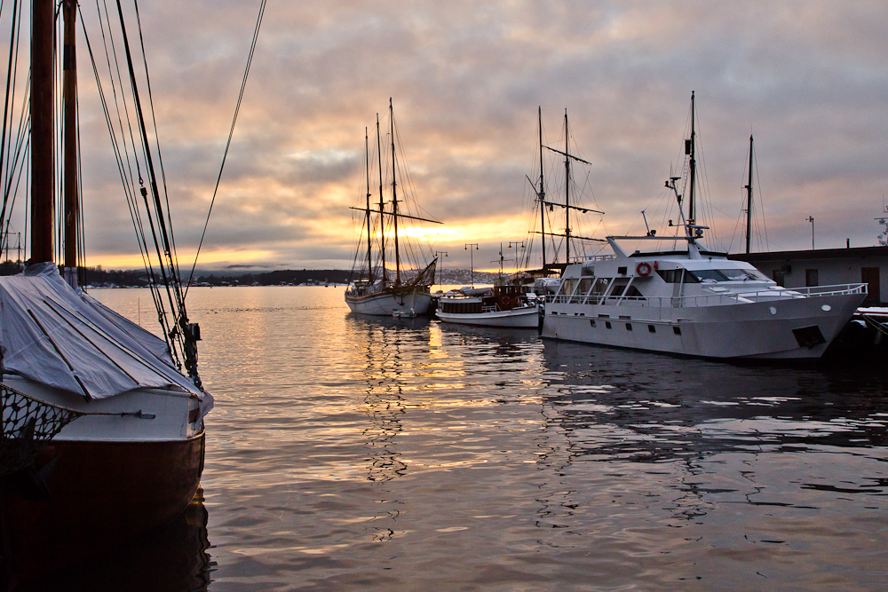 Sonnenuntergang am Hafen von Oslo