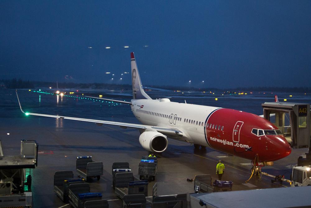 Boeing von Norwegian am Flughafen Oslo