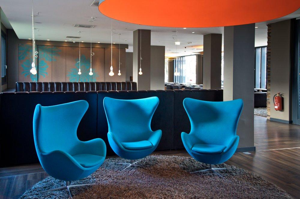 Lobby im Design Hotel Motel One Deutsches Museum in München