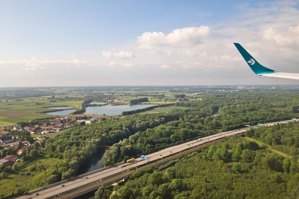 Anflug München Flughafen Landebahn 08R