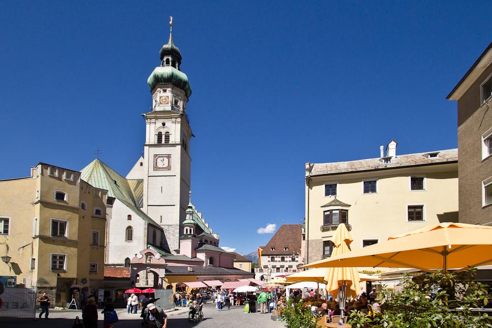 Oberer Stadtplatz Pfarrkirche St. Nikolaus Hall in Tirol