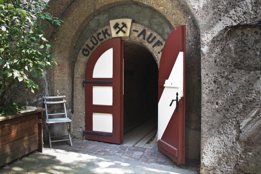 Eingang Bergbaumuseum Hall in Tirol