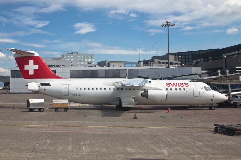 Avro RJ Jumbolino Flughafen Zürich Kloten